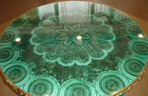 Столешница выполненная в технике русской мозаики