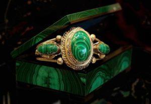 Художественная обработка мягкого камня на Урале